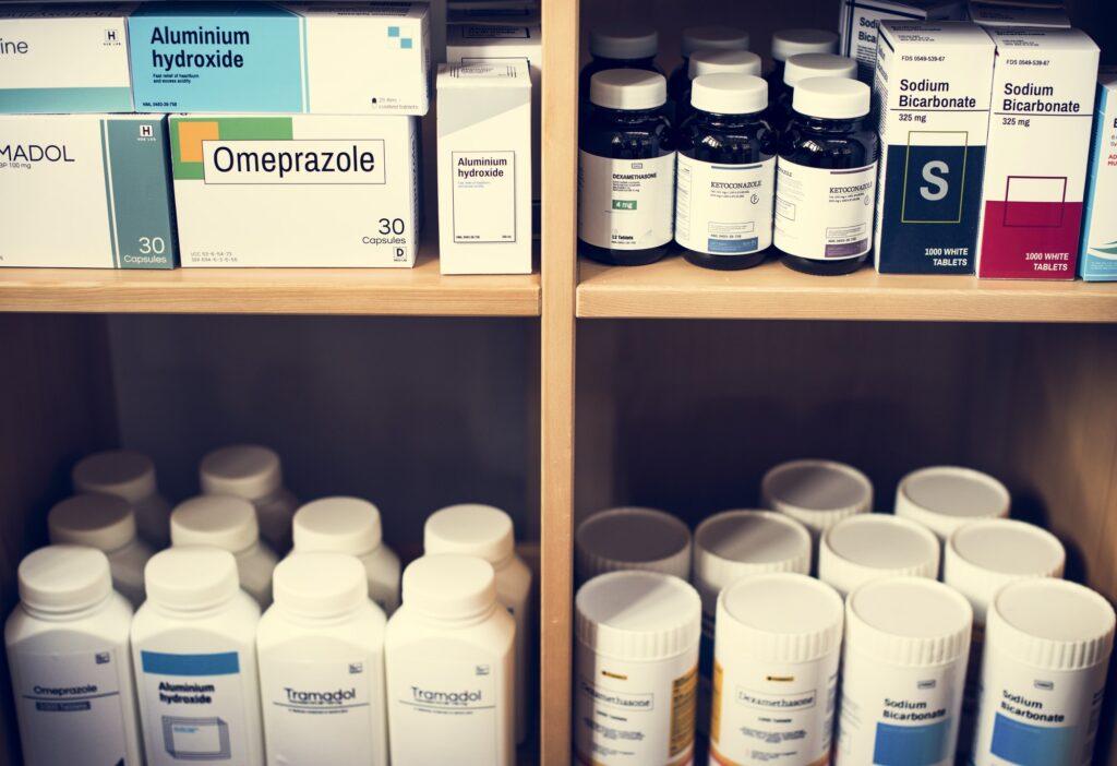 Medicin företag - bild på olika typer av mediciner